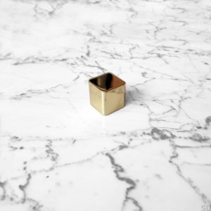 Lana S furniture knob, polished brass